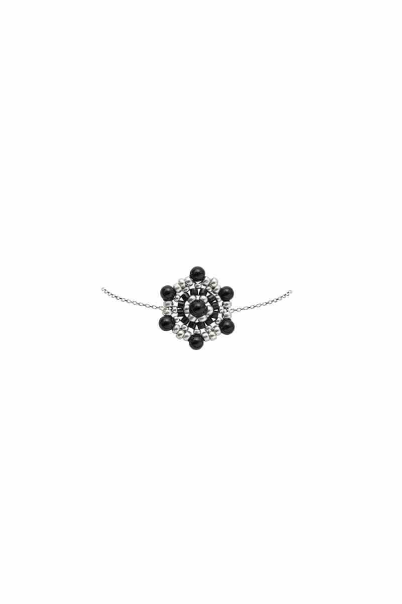 K1600_LEA-Y-PAOLA_AW20_21_Armband-Ina-in-Schwarz-und-Silber