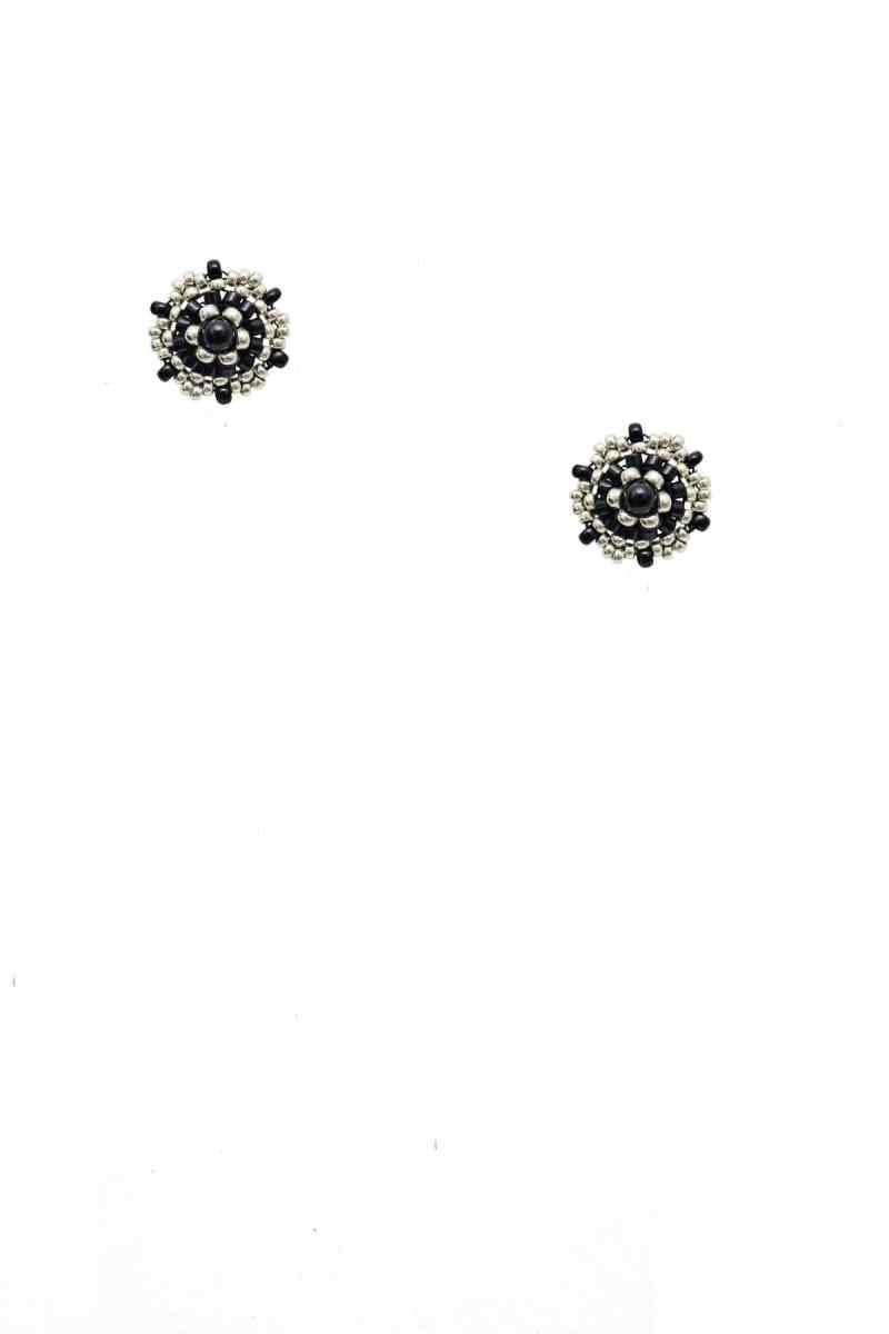 K1600_LEA-Y-PAOLA_AW20_21_Mia-in-Schwarz-und-Silber