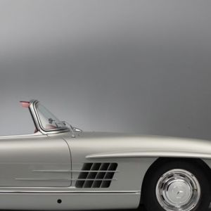 MB300SL-Roadster-3-1200x480